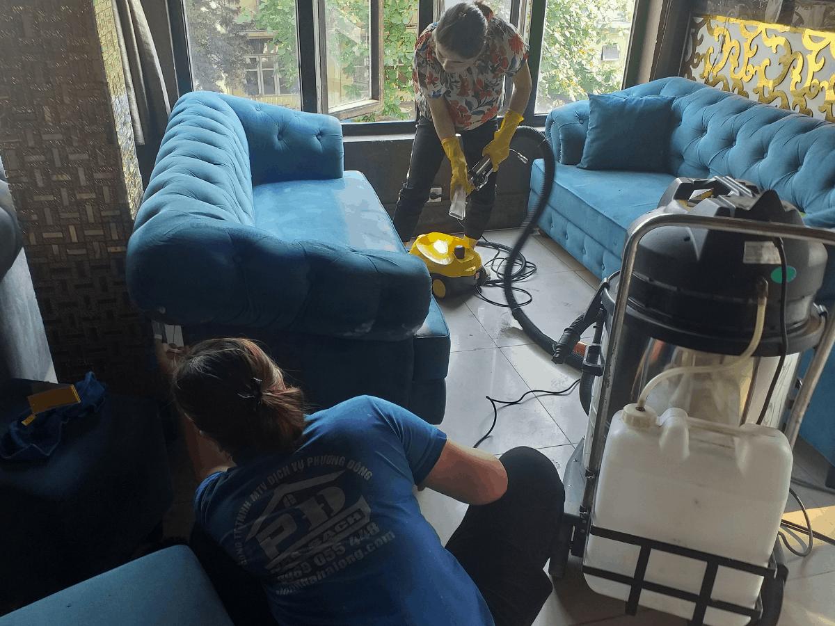 Vệ sinh ghế sofa nỉ bằng hơi nước nóng tại Hạ Long